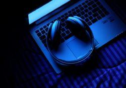 Reconocer música e identificar canción online desde PC.