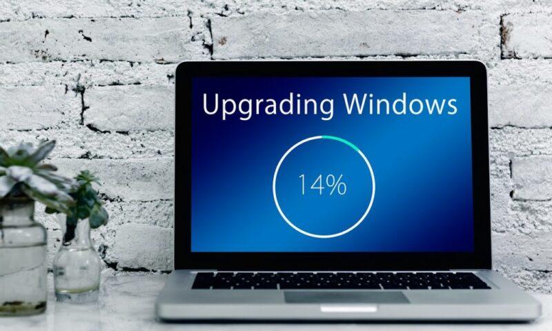 Descargar la actualización para Universal C RunTime manualmente.